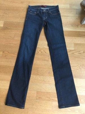 Nagelneue J Brand Jeans- Cigarette Leg- Gr. 25, mit Stretchanteil