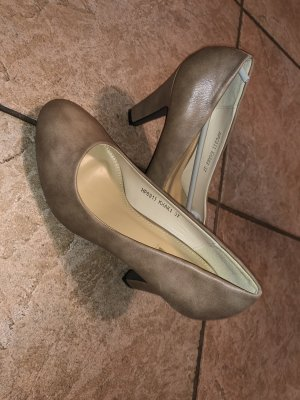 Nagelneue khaki Highheels in 37