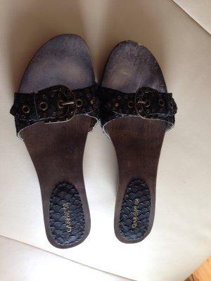 Nagelneue Leder Sandaleten