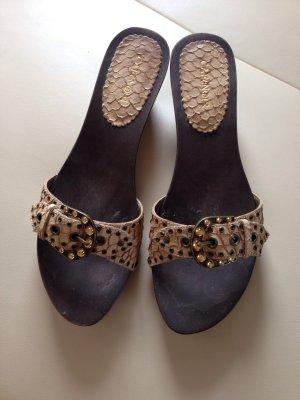Nagelneue Leder Sandaletten