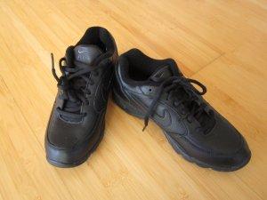 Nagelneue Nike Air Schuhe