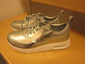 Nagelneue Nike Airmax Thea