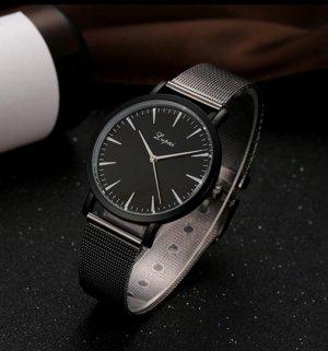 Reloj con pulsera metálica negro-color plata