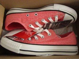 Nagelneue Schuhe von Converse in Größe 36