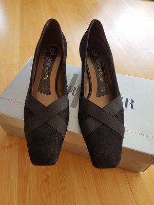 nagelneue Schuhe von Peter Kaiser