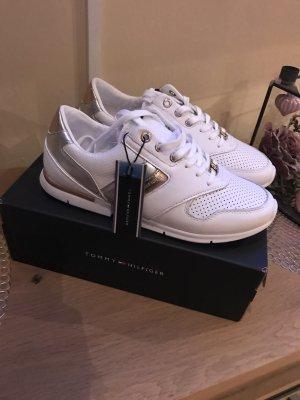 Nagelneue Tommy Hilfiger Sneaker