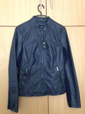 Nagelneue und ungetragene Jacke der Marke EXPRESS in M !