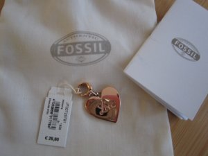 Nagelneuer Anhänger von Fossil