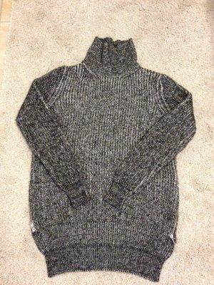 Nagelneuer Pullover von Zara