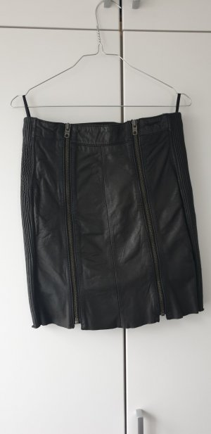 Tigha Leather Skirt black
