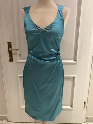 Nagelneues Kleid