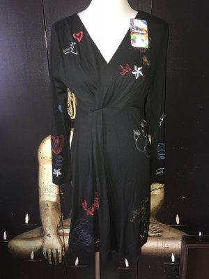 Nagelneues Kleid von Desigual