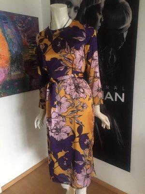 Nagelneues nie getragenes Hallhuber Kleid 129 npr 34 passt 34/36 koll 2019