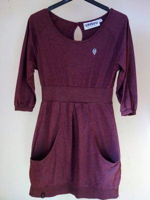 NAKETANO Kuschelweiches Kleid für Herbst, Winter & Frühling