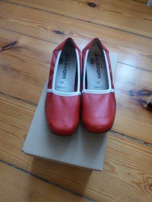 Natural Feet Ballerinas Slipper Mokassin weiches Hirschleder rot weiß Gr. 38/39