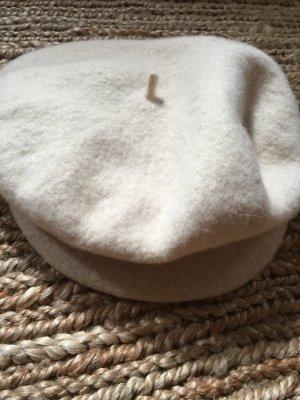 Naturweiße Baskenmütze