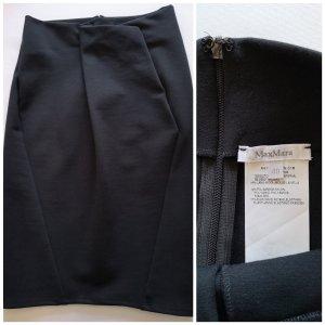 Navy blue Max Mara skirt