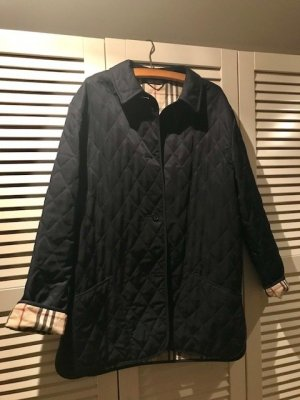 Navy Burberry Steppjacke