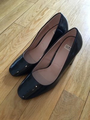Navy lackierte pumps
