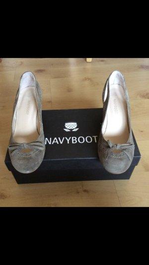 Navyboot Pumps