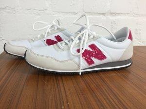 NB New Balance Sneaker gr. 40 (entspricht 39) ungetragen