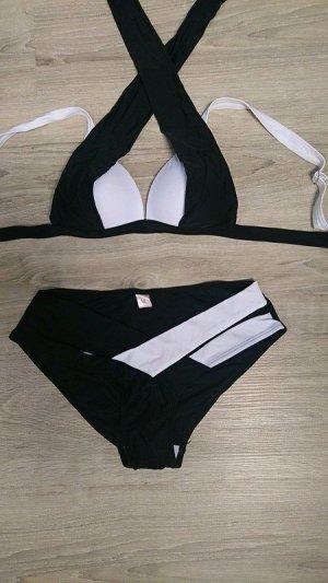 Bikini nero-bianco Tessuto misto