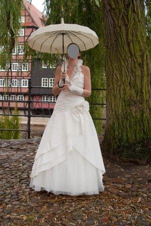 Neckholder Brautkleid von Isabel de Mestre, Größe 40