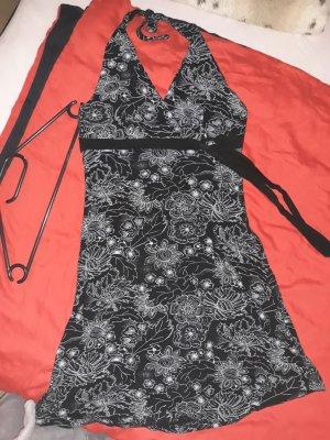 Vestido de cuello Halter negro-blanco