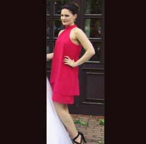 Marie Lund Vestido de cuello Halter rojo frambuesa