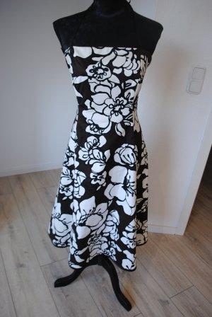 Neckholder-Kleid von Sixth Sense