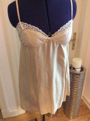 Fond de robe beige clair-blanc cassé soie