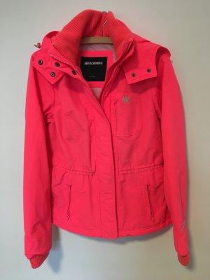 Neon pinke Regenjacke von Abercrombie