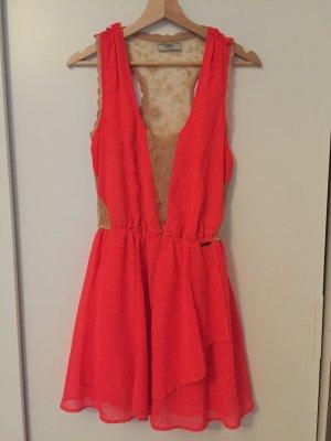 Guess Vestido rojo neón-color oro