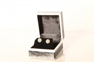 Nepheli Diamant Ohrringe 9k Gold
