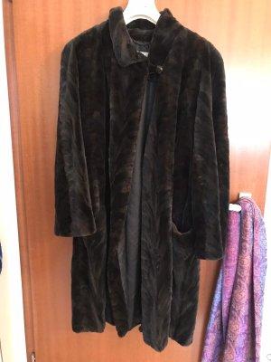 Thomas Albrecht Pelt Coat black