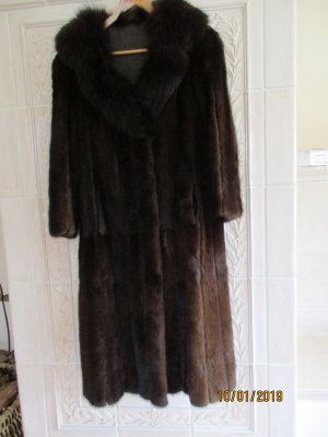 Pelt Coat dark brown