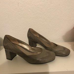 Nette Schuhe
