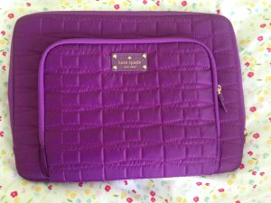 Kate Spade Sacoche d'ordinateur magenta-violet nylon