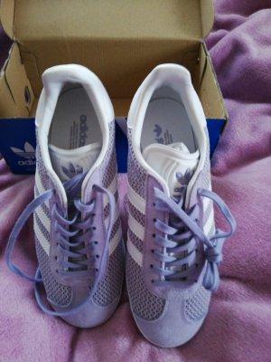 Adidas Originals Basket à lacet blanc-violet