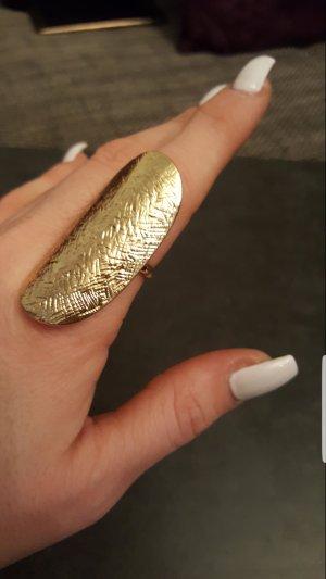 NEU auffällig großer Ring in gold (Gr.58)