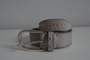 NEU: b.belt Ledergürtel mit Nietenbesatz Sterne, Gr. 85, NP: 160€