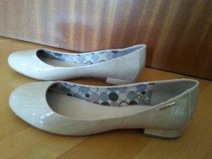 NEU! Ballerinas von Esprit, beige, glänzend, Größe 40