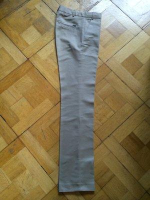 Neu - Beige/camelfarbene Hose mit Bügelfalte - Gr. 34