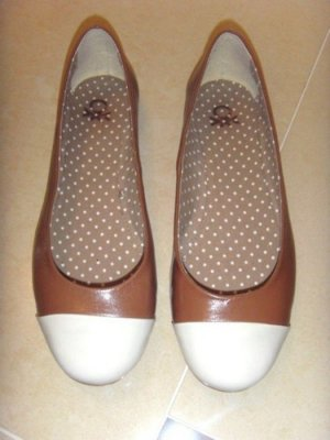 Benetton Patent Leather Ballerinas white-brown leather