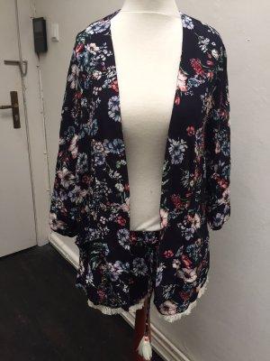 Neu! Bershka Blogger Kimono und Shorts Gr. S Flower Hippie