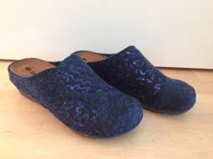 Pantoufles bleu-bleu foncé