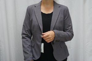 NEU: Blazer H&M, grau, Pünktchen im Innenfutter, mit Etikett, Gr. 36, NP 40€