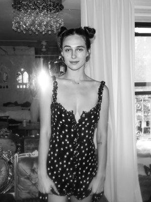 NEU Blogger Realisation par Seide Kleid Minikleid schwarz gepunktet Gr. S