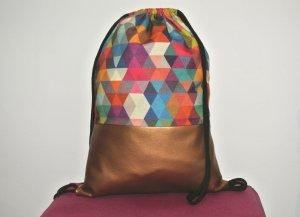 Neu - Blogger Turnbeutel Gym Bag Rucksack bunt geometrisch Kupfer Leder -