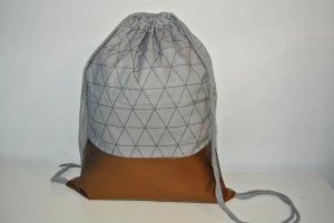 Neu - Blogger Turnbeutel Gym Bag Rucksack geometrisch grau Kupfer Leder -